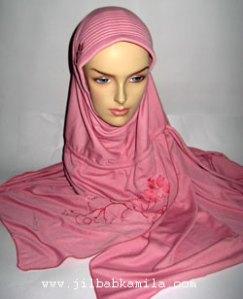 jilbab-kamila-topaz-kiri